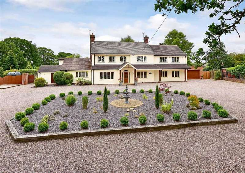 5 Bedrooms Detached House for sale in Whitecross Farmhouse, Broughton, Claverley, Wolverhampton, Shropshire, WV5