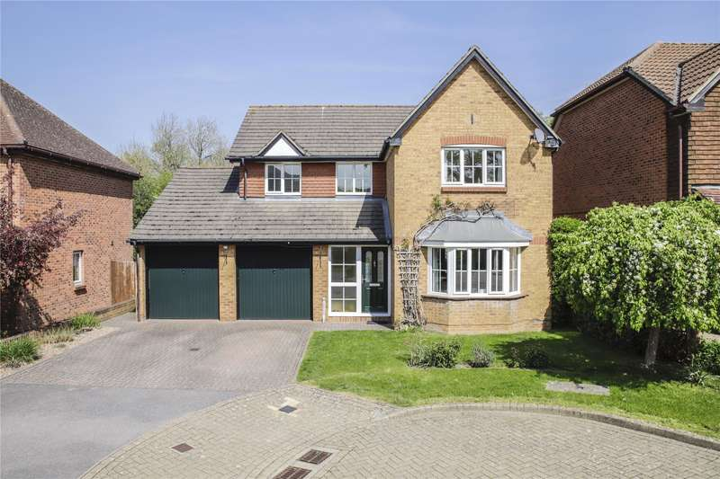4 Bedrooms Detached House for sale in Cleopatra Place, Warfield, Bracknell, Berkshire, RG42