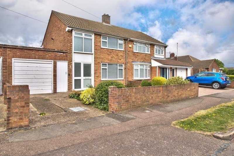 3 Bedrooms Semi Detached House for sale in Leasway, Bedford, MK41 9DG