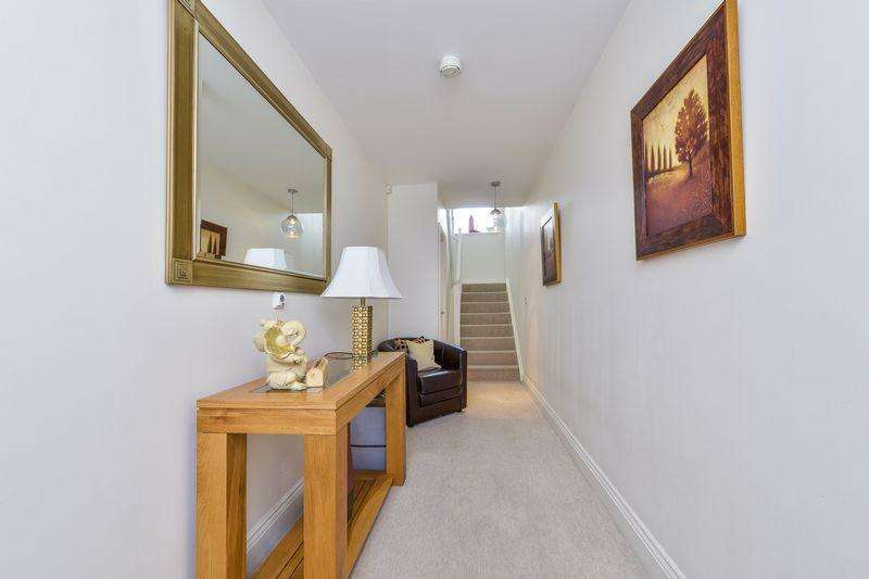 3 Bedrooms Town House for sale in Northampton Road, Market Harborough