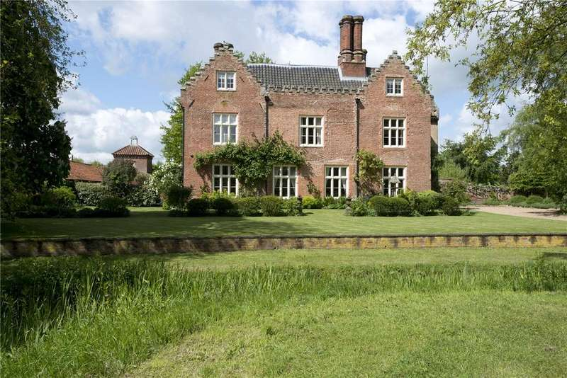 9 Bedrooms Detached House for sale in East Tuddenham, Near Barnham Broom, Norfolk