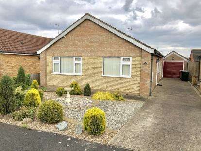 3 Bedrooms Bungalow for sale in Beaumont Close, Burgh le Marsh, Skegness, Lincolnshire