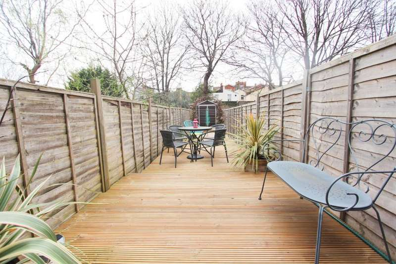 1 Bedroom Flat for sale in Buxton Road, Maryland, London E15