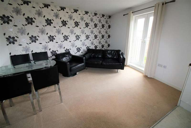 2 Bedrooms Flat for sale in Waterside Gardens, Bolton