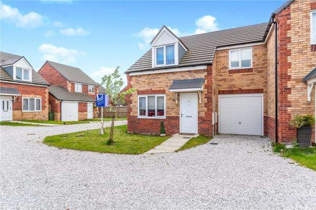 3 Bedrooms Semi Detached House for sale in Longfellow Street, Bootle, Merseyside
