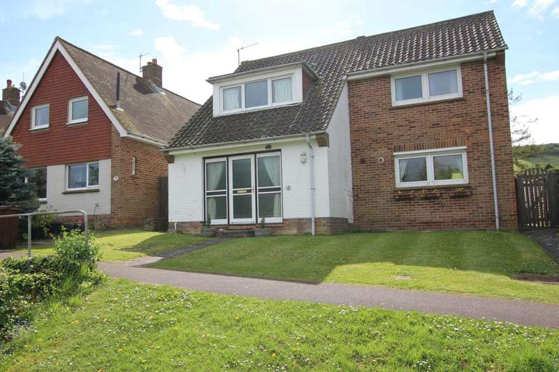 3 Bedrooms Detached House for sale in 3 Chalk Farm Close, Eastbourne BN20 9HY