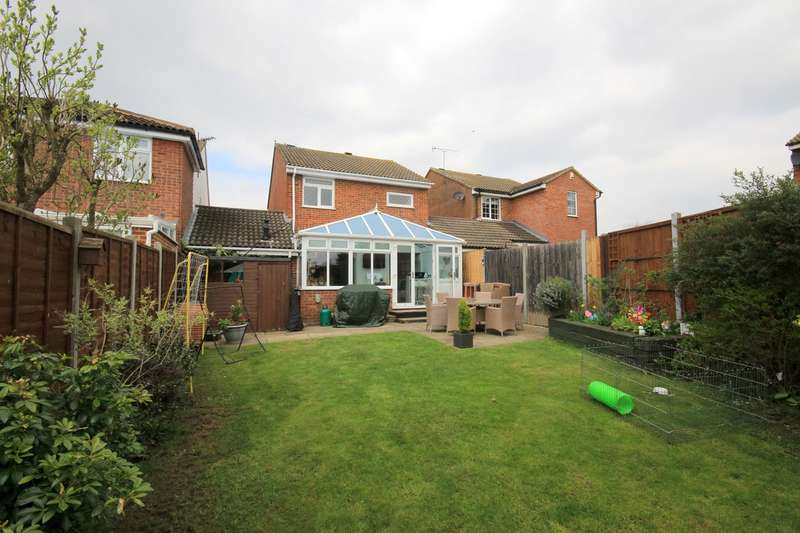 3 Bedrooms Link Detached House for sale in Tythe Barn Close, Westoning, MK45