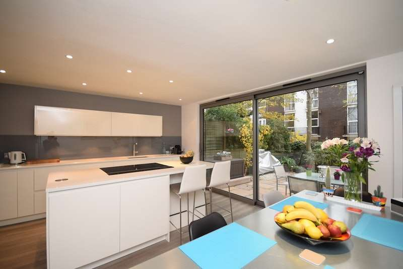 3 Bedrooms Terraced House for sale in Fellows Road, London, London, NW3