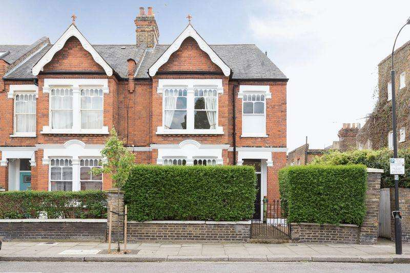 4 Bedrooms End Of Terrace House for sale in Jeddo Road W12