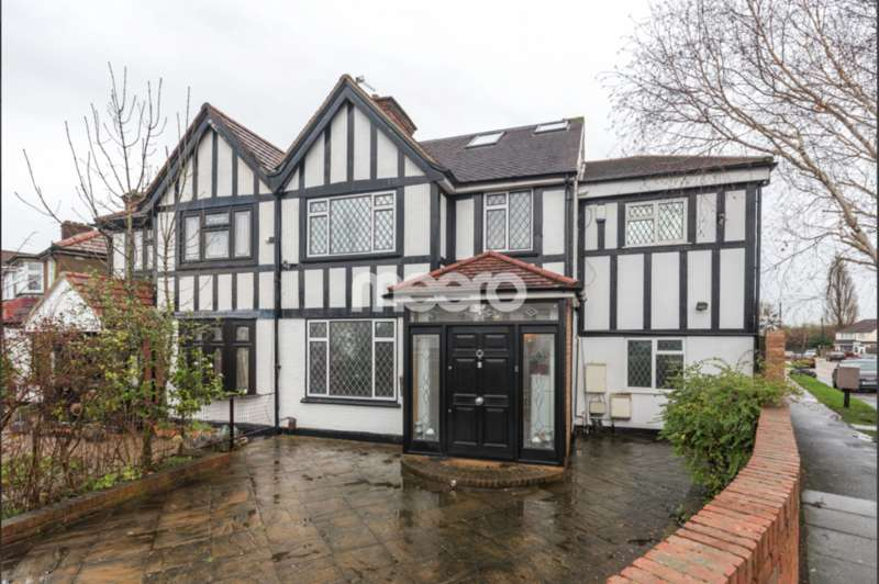 6 Bedrooms Semi Detached House for sale in Shaftesbury Waye, Hayes, UB4