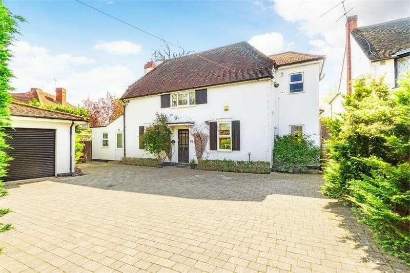 5 Bedrooms Detached House for sale in London Road, Datchet, Berkshire