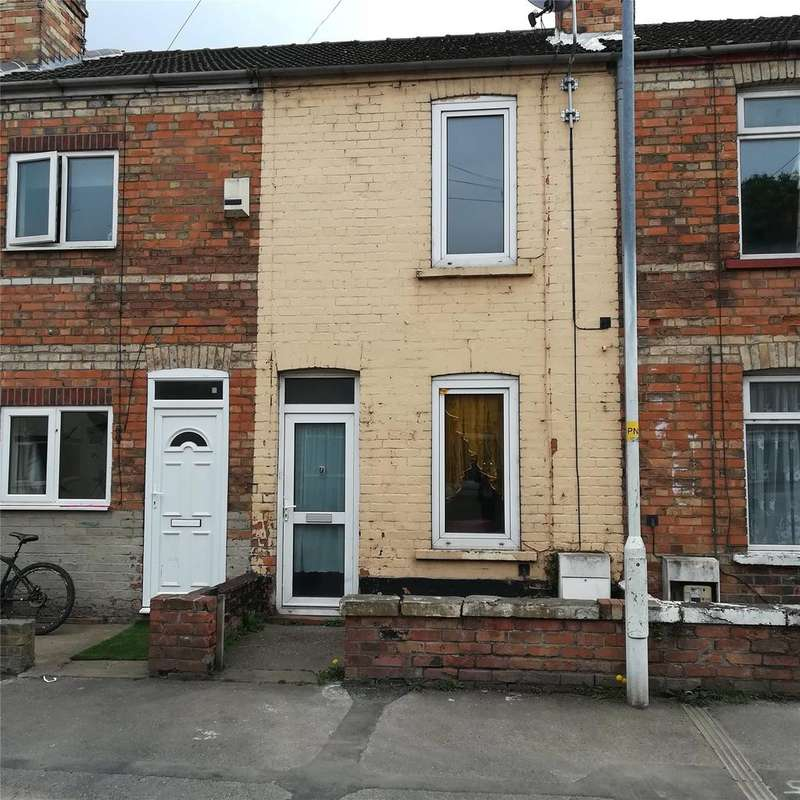 2 Bedrooms Terraced House for sale in Beaufort Street, Gainsborough, DN21
