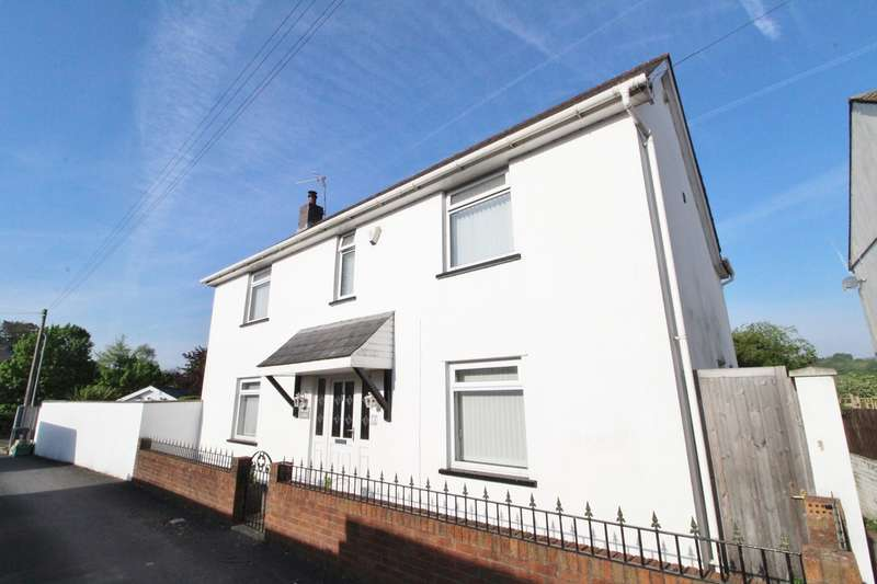 4 Bedrooms Detached House for sale in Moxon Road, Newport, NP20