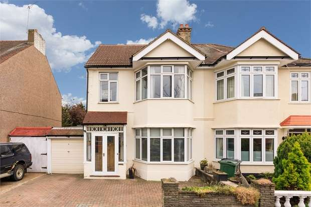4 Bedrooms End Of Terrace House for sale in Forest View Road, Walthamstow, London