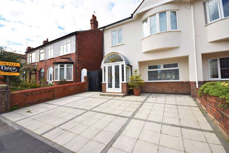 3 Bedrooms Semi Detached House for sale in Westmorland Avenue, Blackpool