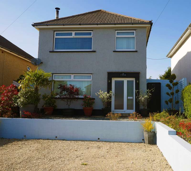 3 Bedrooms Detached House for sale in Beaufort, Ebbw Vale, NP23