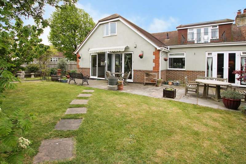 5 Bedrooms Semi Detached House for sale in Springate Road, Southwick, West Sussex, BN42 4LF