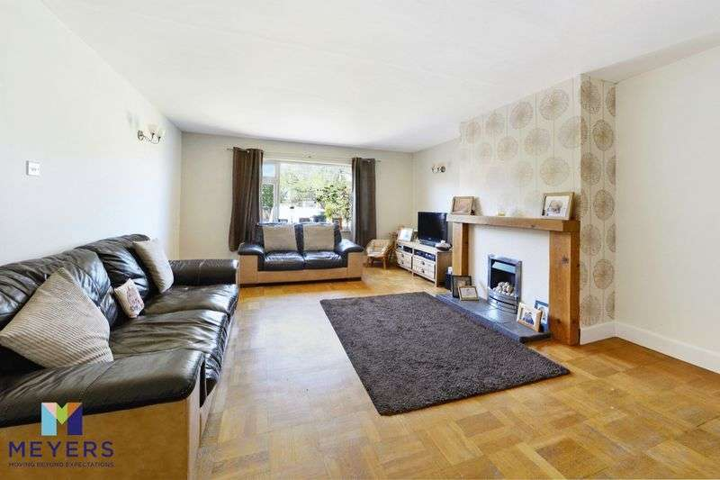 3 Bedrooms Property for sale in West Mills Road, Dorchester