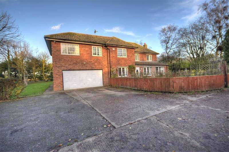 5 Bedrooms Detached House for sale in Carnaby, Bridlington, YO15 3QH