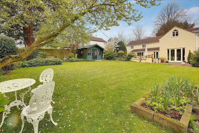 3 Bedrooms Detached House for sale in with 1 Bed Annex, Church Lane, Alvington, Lydney, Gloucestershire. GL15 6BH
