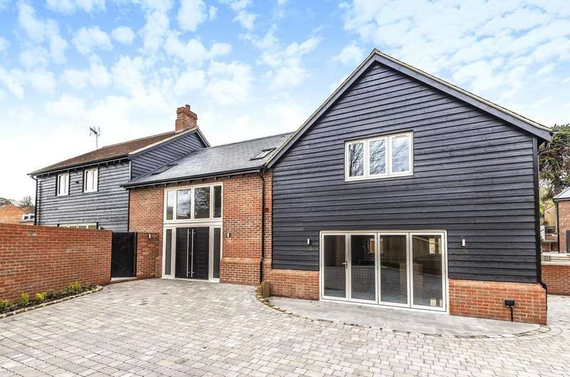 4 Bedrooms Detached House for sale in Sandy Lane, Aspley Heath, Woburn Sands, Milton Keynes, MK17