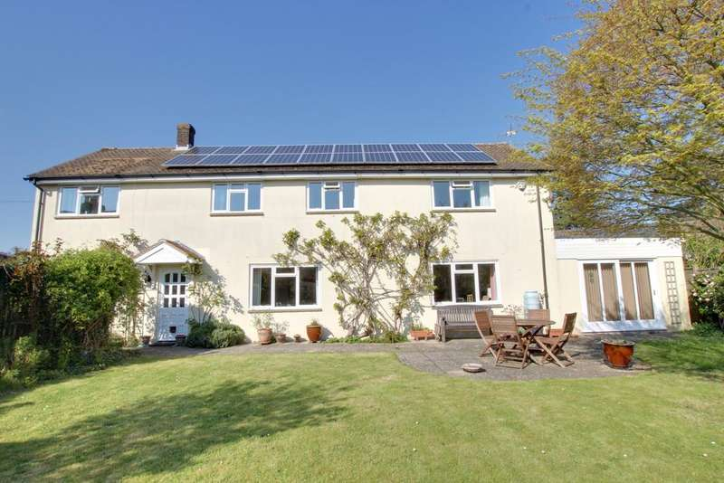 4 Bedrooms Detached House for sale in Rowland's Castle