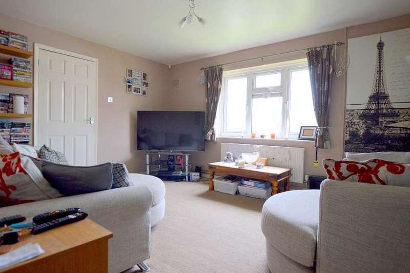 1 Bedroom Apartment Flat for sale in Dewsbury Road, Runfold, Luton, Bedfordshire, LU3 2HJ
