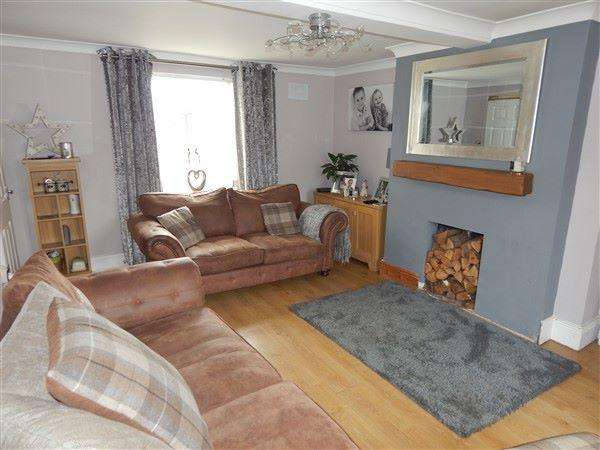 3 Bedrooms Semi Detached House for sale in Milfraen Avenue, Nantyglo. NP23 4PR