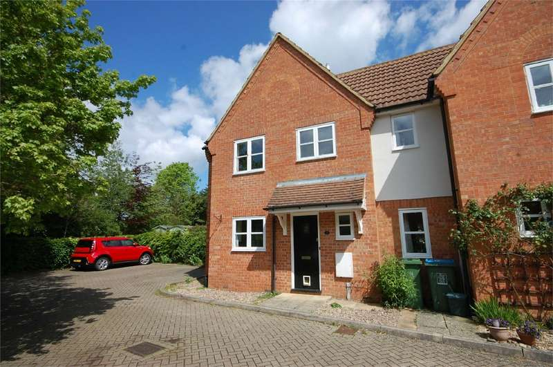 3 Bedrooms End Of Terrace House for sale in Hordern Close, Haddenham, Buckinghamshire