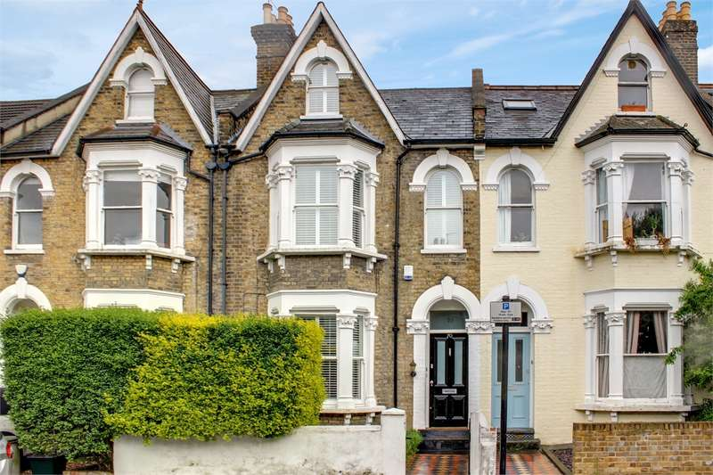 4 Bedrooms Terraced House for sale in Shaftesbury Road, Crouch End Borders, London