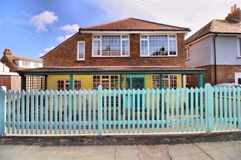 4 Bedrooms Detached House for sale in The Rose Walk, Newhaven, East Sussex