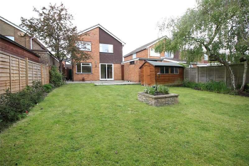 4 Bedrooms Detached House for sale in Cypress Road, Woodley, Reading, Berkshire, RG5