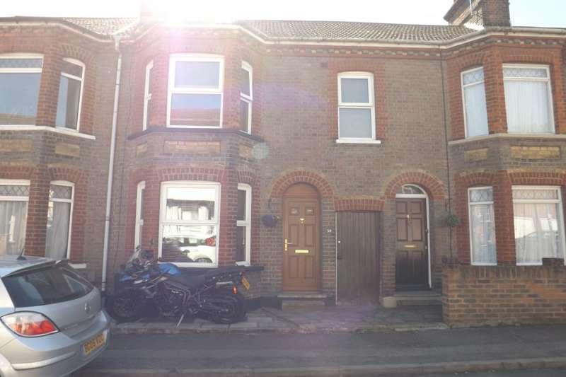 3 Bedrooms Property for sale in Waterlow Road, Dunstable, LU6