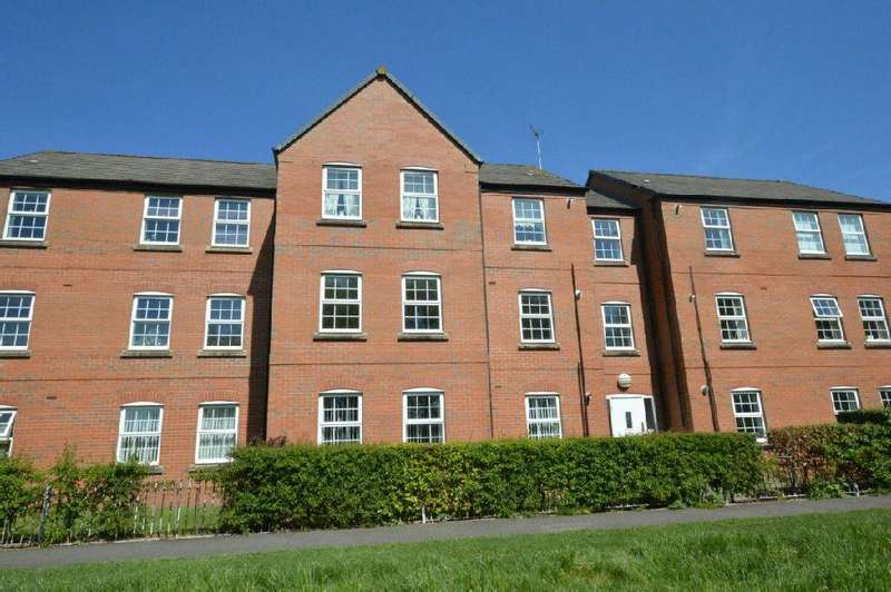 2 Bedrooms Flat for sale in Weir Close, South Wigston