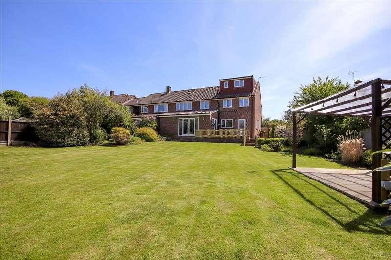 5 Bedrooms House for sale in Makepiece Road, Bracknell, Berkshire, RG42