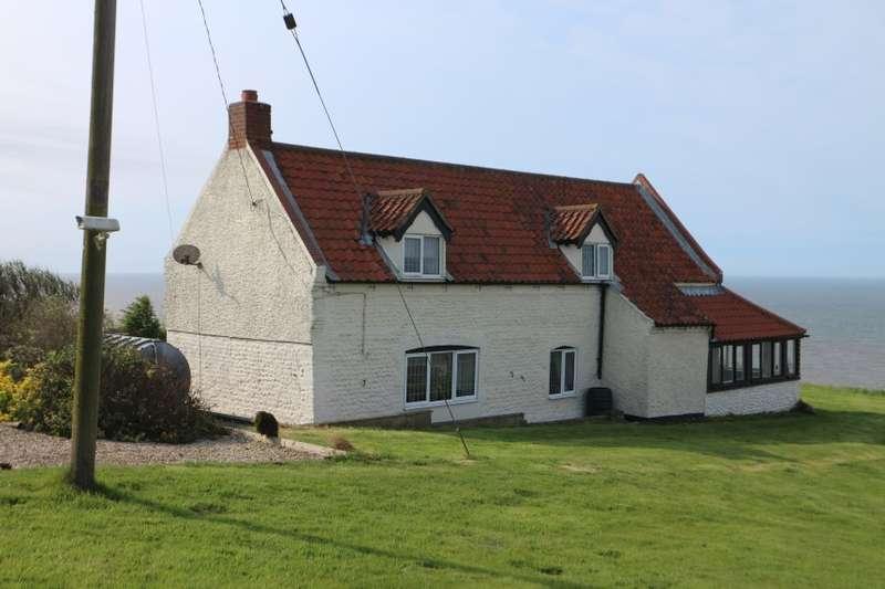 3 Bedrooms Detached House for sale in Cliff Farm, Mundesley Road, Trimingham, Norwich, Norfolk