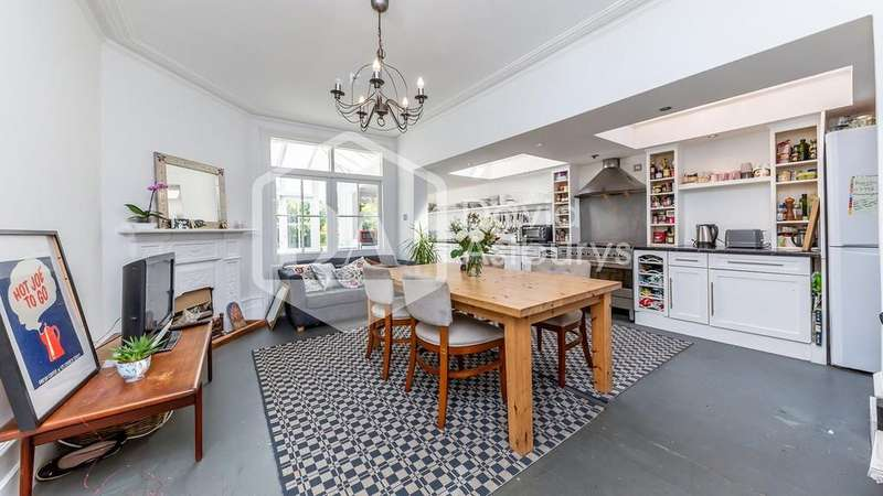 4 Bedrooms Terraced House for sale in Rathcoole Avenue, Crouch End N8