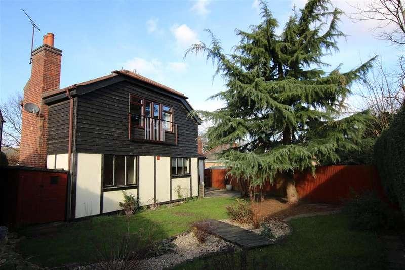 4 Bedrooms Detached Bungalow for sale in Newark Road, North Hykeham