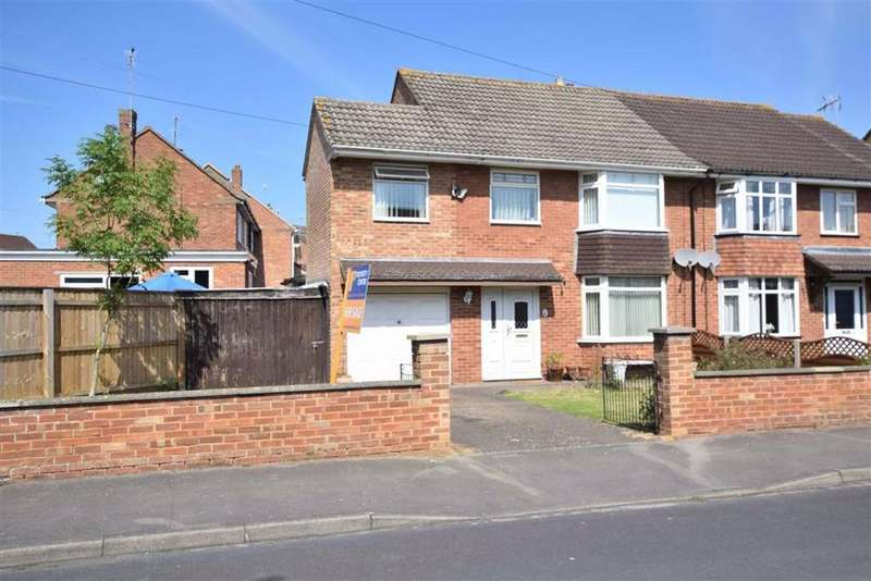 3 Bedrooms Semi Detached House for sale in Lynmouth Road, Lynmouth Road, Hucclecote, Gloucester