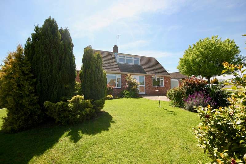 4 Bedrooms Detached Bungalow for sale in Orchard Way, Callow End, Worcester, WR2
