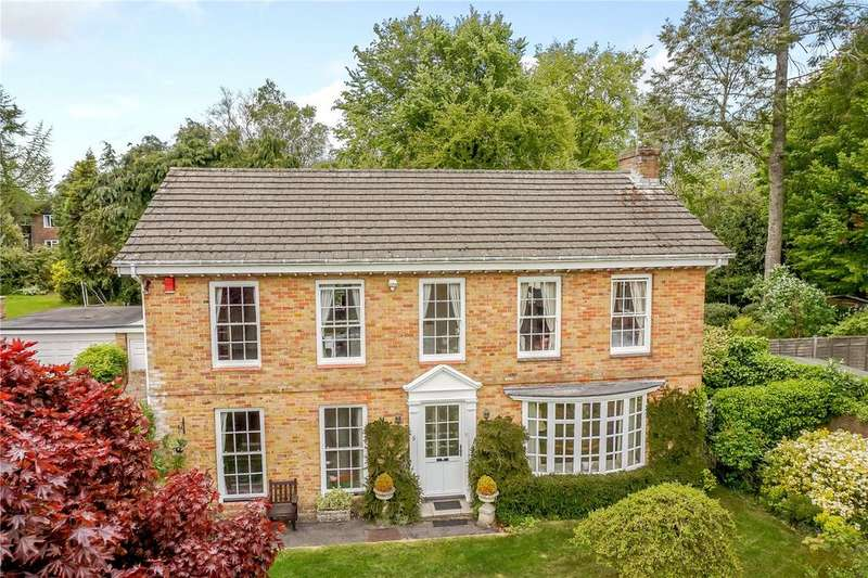 4 Bedrooms Detached House for sale in Oaklands Close, Winchester, Hampshire