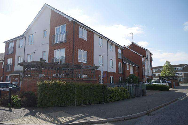 2 Bedrooms Flat for sale in Langley - Contemporary 2 Bed Apartment