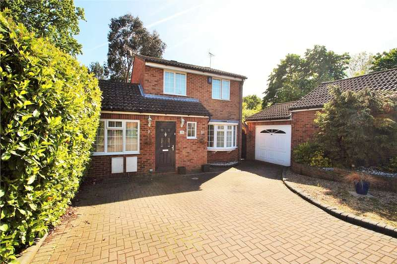 4 Bedrooms Detached House for sale in Mulberry Close, Owlsmoor, Sandhurst, Berkshire, GU47