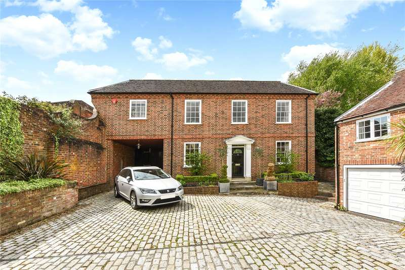 5 Bedrooms Detached House for sale in Captains Row, Lymington, Hampshire, SO41