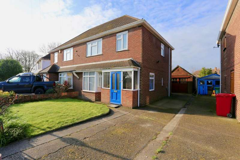 3 Bedrooms Semi Detached House for rent in Bath Road, Slough