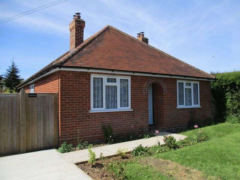 3 Bedrooms Property for sale in Wheeler End, High Wycombe