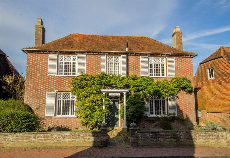 5 Bedrooms Detached House for sale in High Street, Burwash