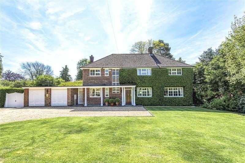 5 Bedrooms Detached House for sale in Biddenham Turn, Biddenham, Bedfordshire, MK40