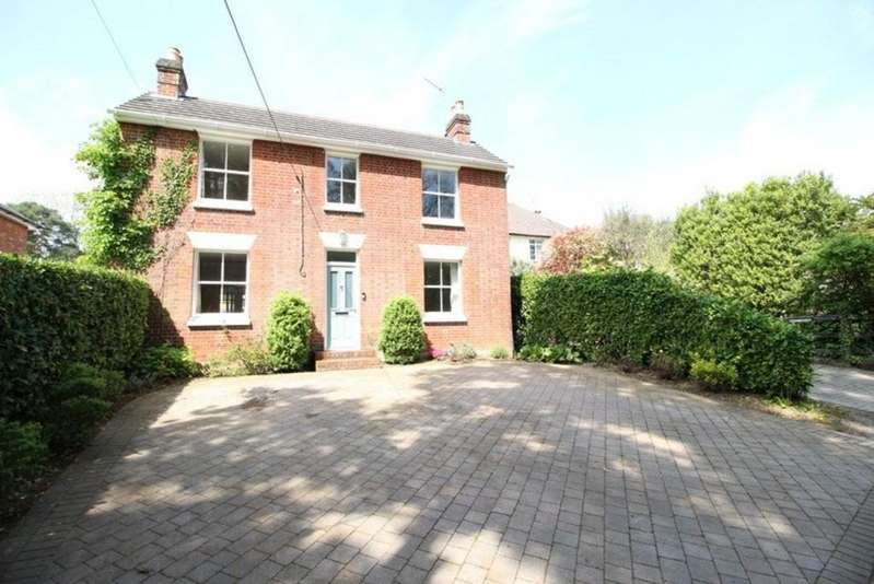 4 Bedrooms Detached House for sale in Lake Cottage, Curdridge, SO32