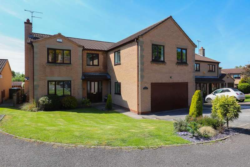 6 Bedrooms Detached House for sale in Barlow View, Dronfield
